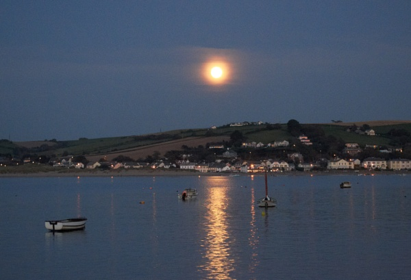 Full moon over Instow by Petemoyes