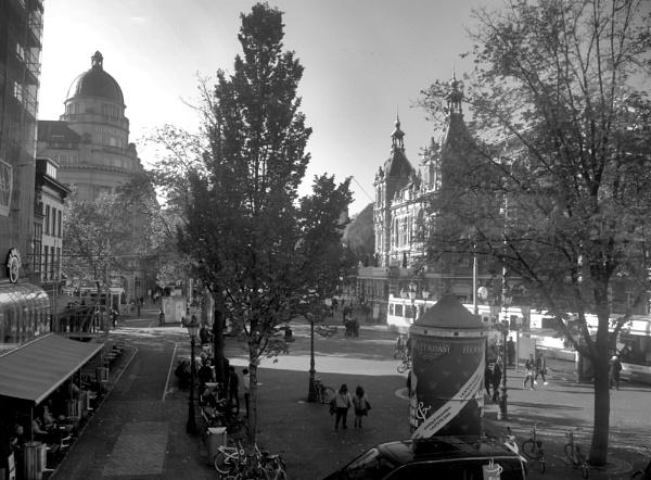 Leidesplein Square by Hamlin