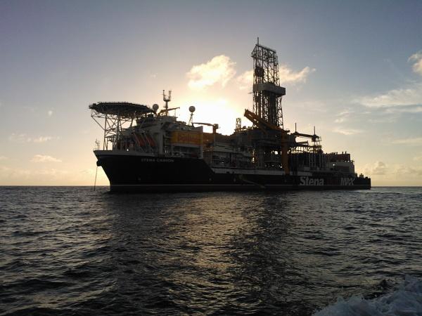 Drillship Stena Carron by seadog101