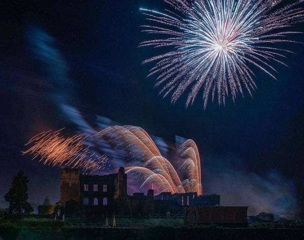 kenilworth fireworks 2015 - #04 by AlanRangerPhotography