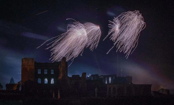 kenilworth fireworks 2015 - #02 by AlanRangerPhotography