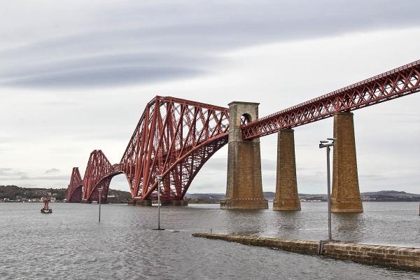 The Forth Rail Bridge by johnsd