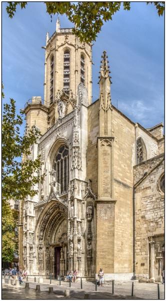 Cathédrale St-Sauveur by TrevBatWCC