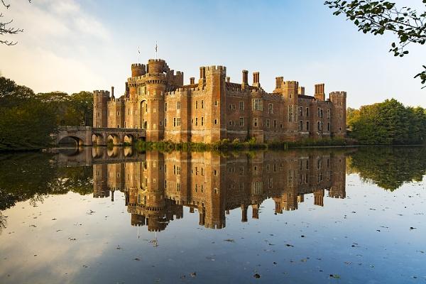 Herstmonceux Castle by sitan1