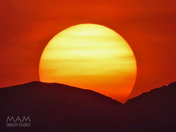 The SUN by Majnoon