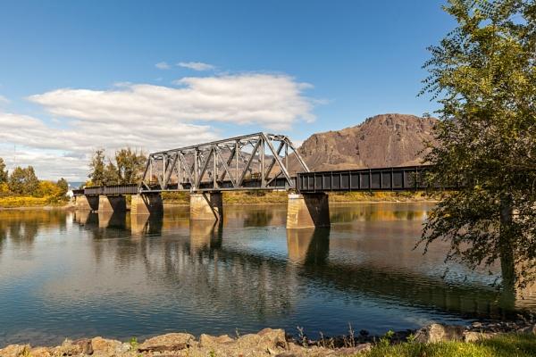 Railway bridge over South Thomson river, Kamloops by pdunstan_Greymoon