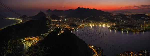 Rio nightscape by rnomis