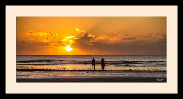 Capturing the day begin... by NDODS