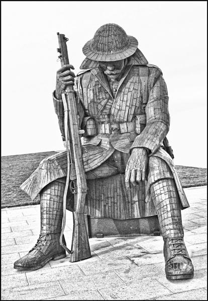 Seaham-Soldier Sculpture-mono by stocksbridge