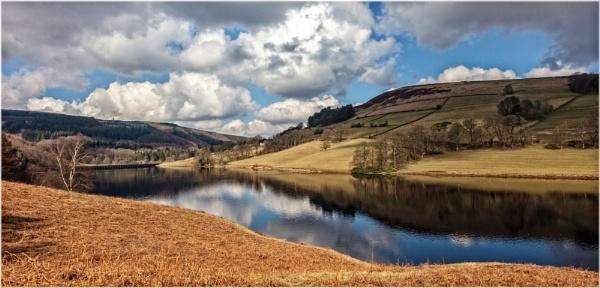 Ladybower Reservoir by DicksPics