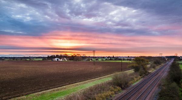 Beverley sunrise by oddlegs