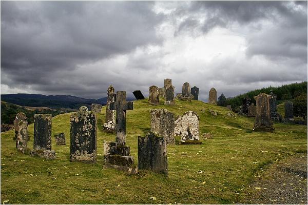 Drimnatorran Burial Ground by sosunny