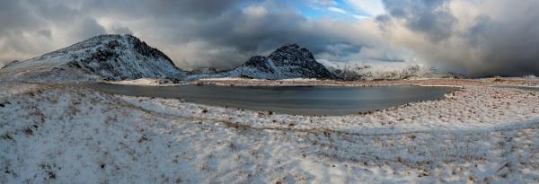Welsh Winter Snowdonia November 2015 by J_Tom