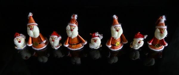 Sassy Santas by PrunellaCara