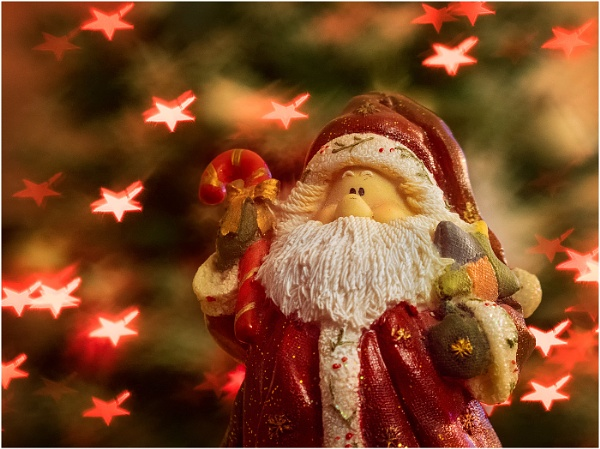 Santa Bokeh by Mstphoto