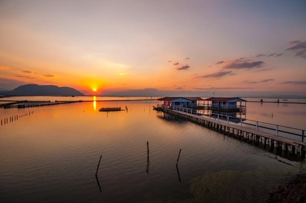 fishermans sunrise by Photoseeker