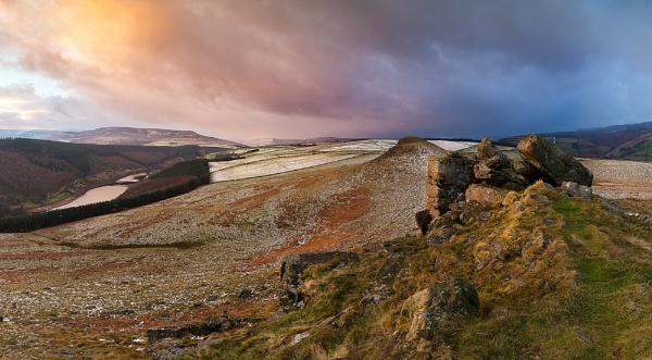 Crook Hill by mattoliverphoto