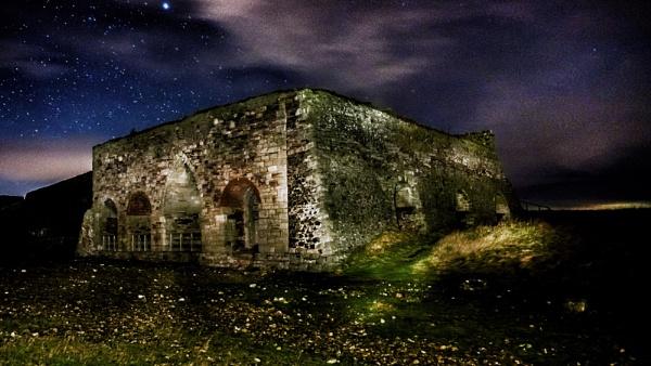 Lime Kilns by icphoto