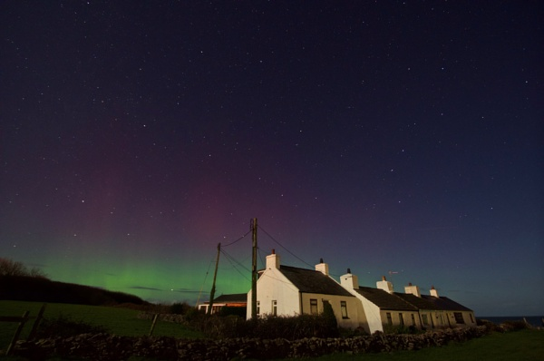 Moelfre Aurora by DilysT