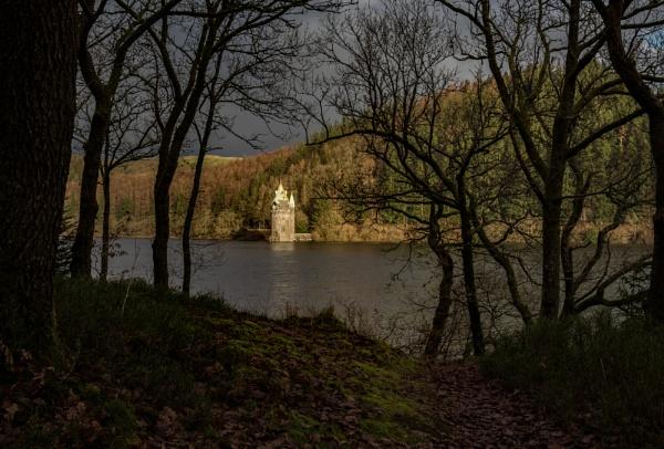 Lake Vyrnwy by ArtyArt
