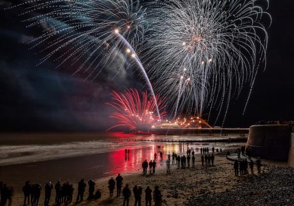 Fireworks by pdunstan_Greymoon