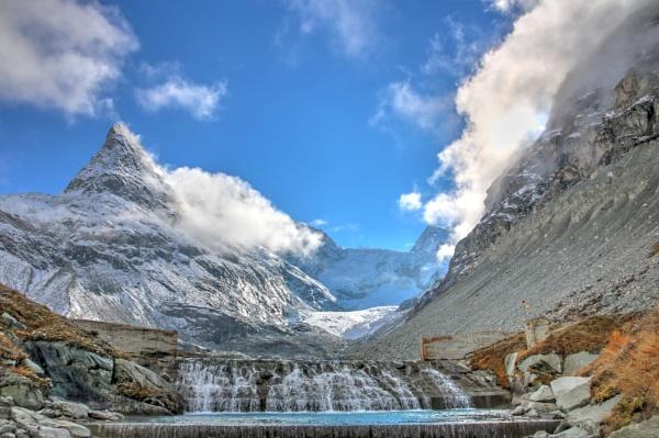 Glacier du Mont Miné by dukes_jewel