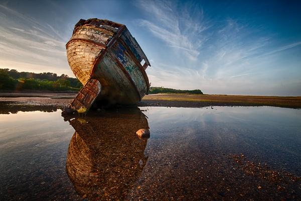 Dulas shipwreck by char3105