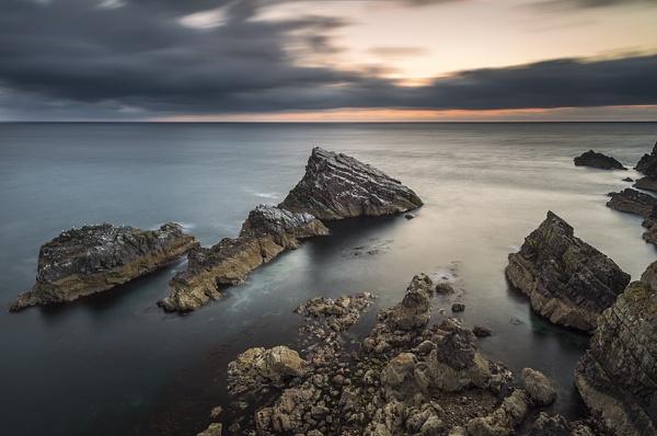 Gull rocks by Dallachy