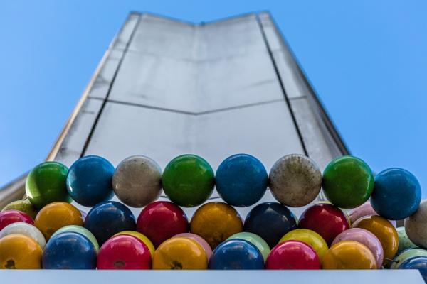 Balls by rninov