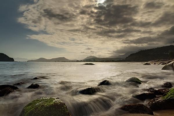 Mococa beach - Caraguatatuba - SP - Brazil by luizdasilva