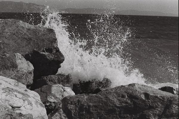 Waves by Titikaka