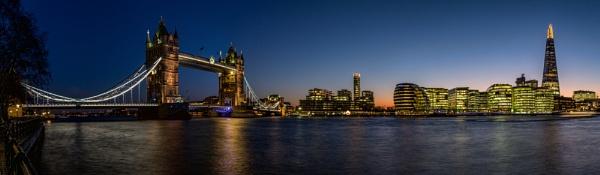 London Calling by Jasper87