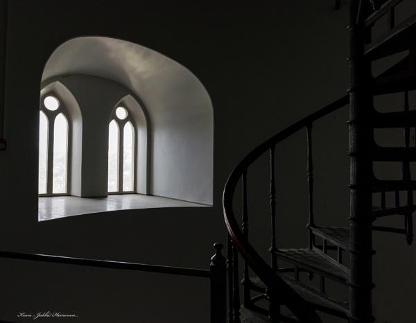 Church windows. by kuvailija