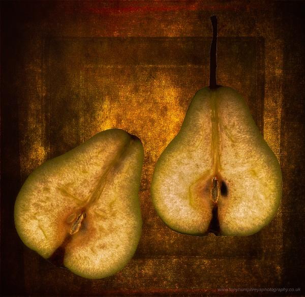 Pears by akh