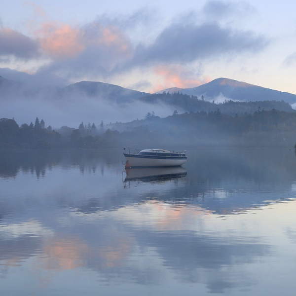 Lonely Boat by deanjohn