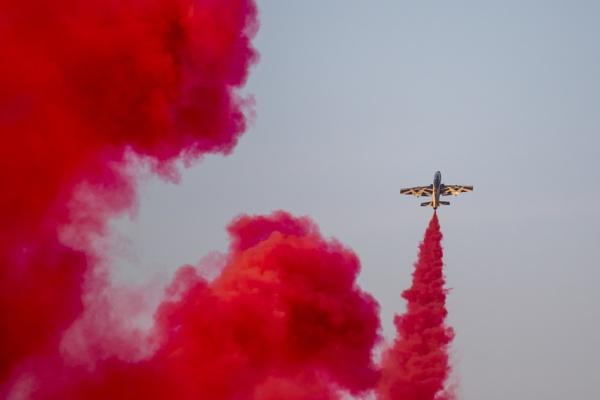 Al Fursan smoking up the sky by WorldInFocus
