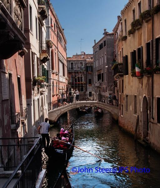 Venice Canal by SkySkape