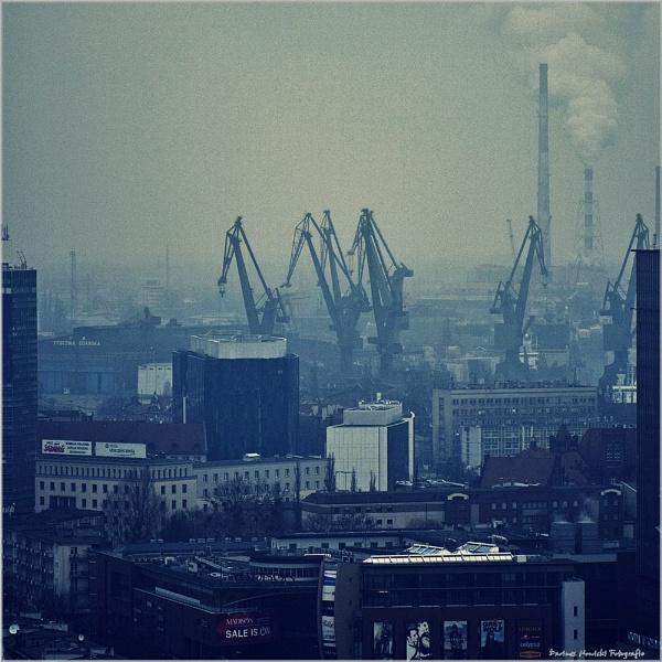 Gdansk Shipyard by papajedi