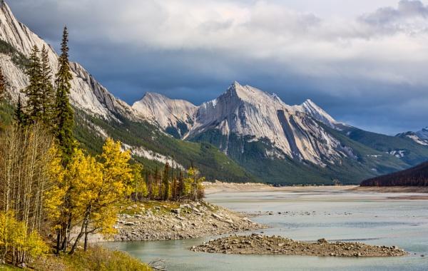 Medicine Lake by Jasper87