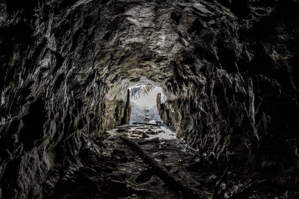 cavern by zdumus