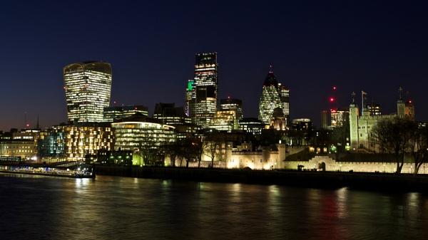 London city skyline at night by prtd