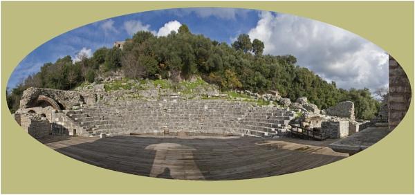 Amphitheater  Butrint by nklakor