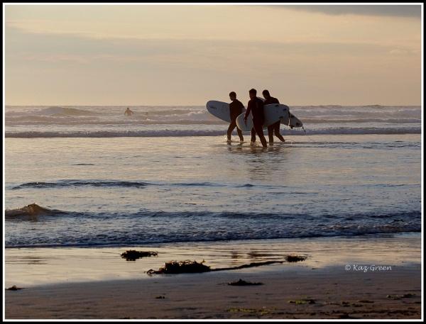 Together We Surf by kaz1