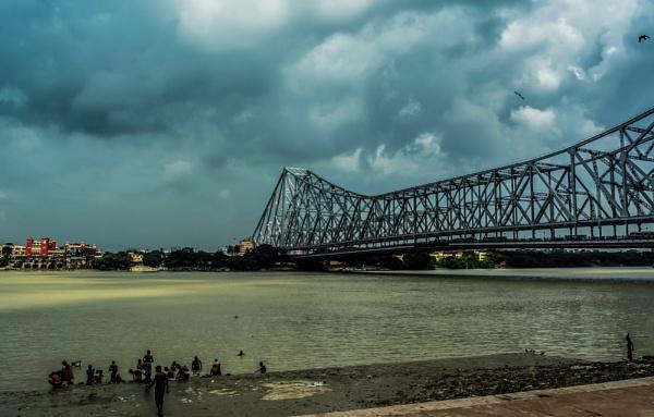 Howrah bridge by Sandipan