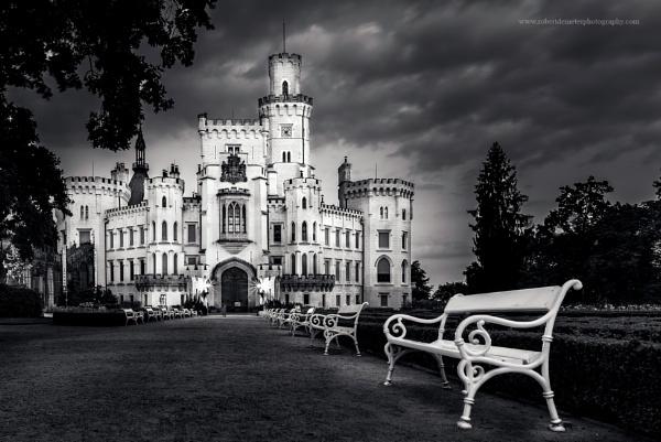 Castle Hluboka by RobDem