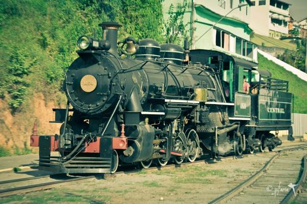 Steam train sightseeing-02 by Zerstorer