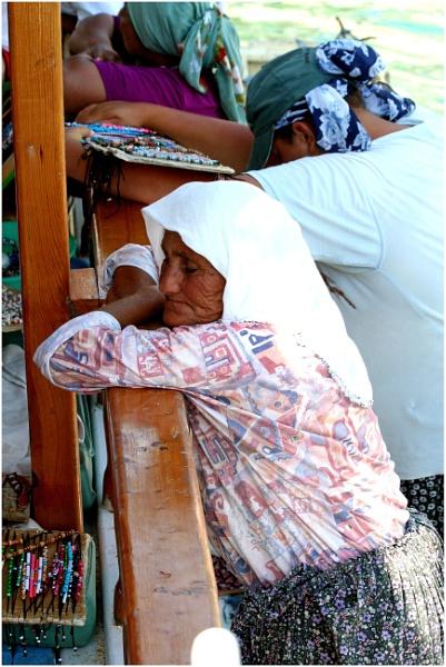Sleepy Sellers by lifesnapper