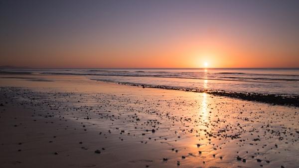 On the beach by Gavin_Duxbury