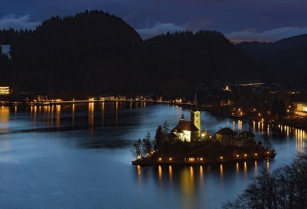 Bled lake by dentex
