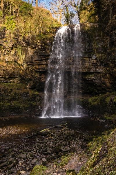 Henrhyd Waterfall by daibev